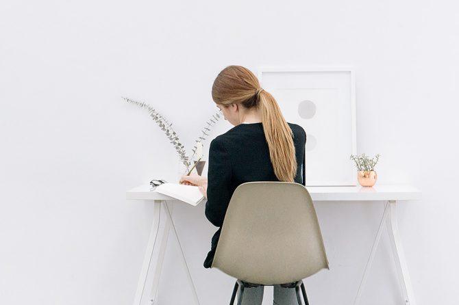 Kaip pagerinti gyvenimo kokybę dirbant sėdimą darbą