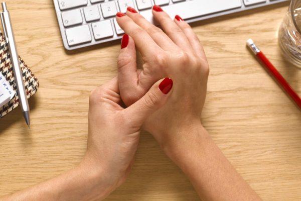 Reumatoidinis artritas (reumatas): simptomai ir gydymas