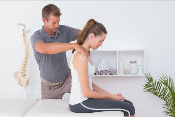 Kineziterapija ar masažas: ką rinktis pirmiau?